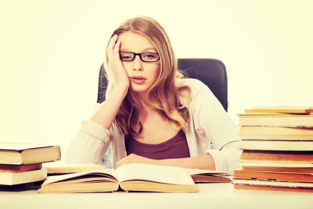 英語学習に挫折する4つの原因とは?