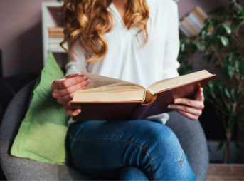英語の精読のやり方を紹介。おすすめの教材の選び方から注意点まで
