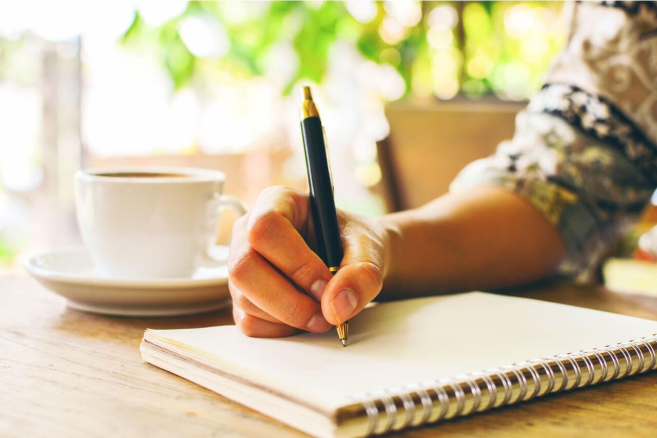 英語の書き写しは効果がある?正しいやり方やデメリットを解説