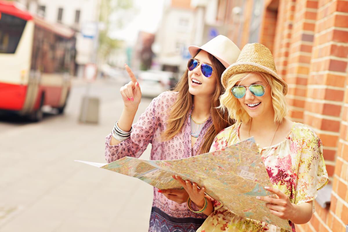 海外旅行をするには英語が必要?